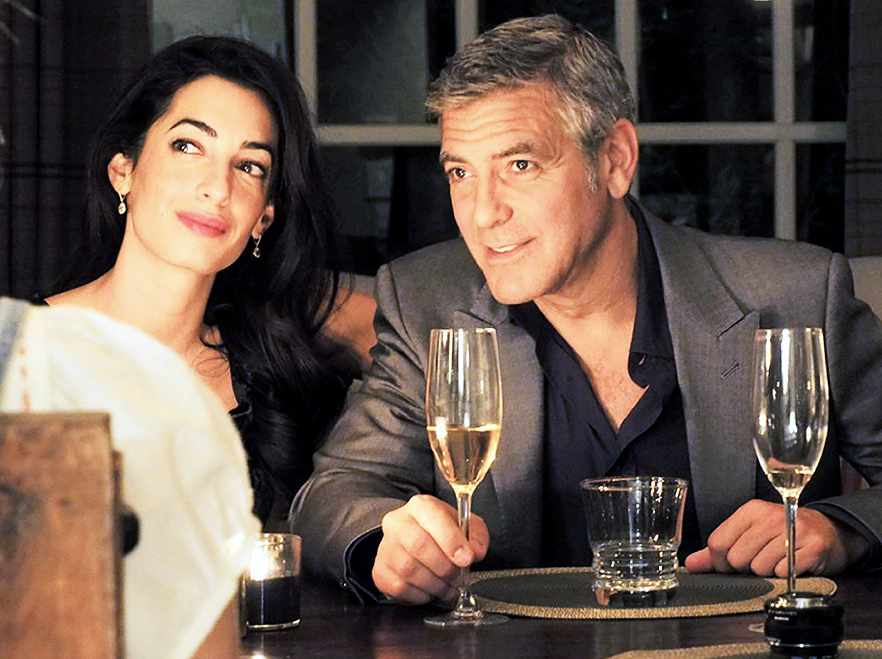 http://taoofdating.com/wp-content/uploads/2014/06/amal-alamuddin-george-clooney-zoom.jpg